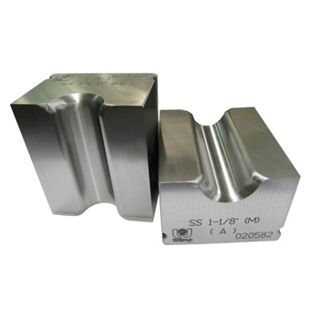 Dies for Forged Swage Sockets Swaging